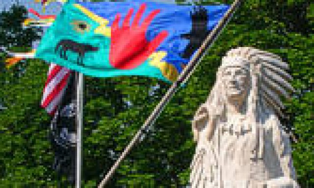Rotary International Rose Garden / Statue of Chief Pocatello