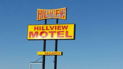 Hillview Motel